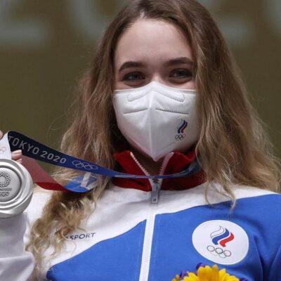 टोकियो ओलम्पिकमा रूसका खेलाडीले आफ्नो देशको नाम र झण्डा प्रयोग गर्न किन पाइरहेका छैनन्?
