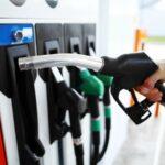 पेट्रोल पम्पमा लाइन, निगम भन्छ, 'बजारमा तेलको समस्या छैन'